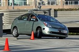 خودروهای بدون راننده گوگل ترمز میخواهد!