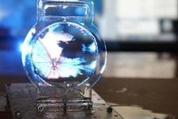 ژاپنیها نازکترین صفحه نمایش جهان را با حباب صابون ساختند