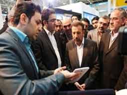 وزیر ارتباطات رکورد تازهی در زمینه بازدید از نمایشگاه الکامپ برای خود ثبت کرد