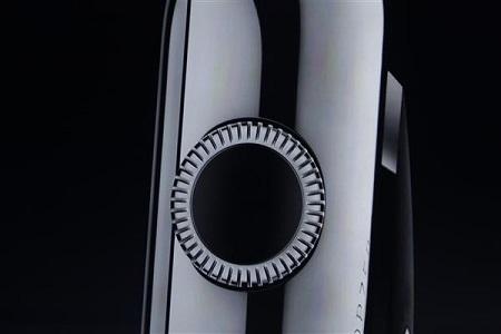 پین دایرهای کنار دستگاه برای حرکت در میان آیکونها استفاده خواهد شد