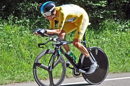 دوچرخه سواری: برای نخستین بار در تاریخ در مسابقات جهانی Tour de France از فناوریهای هوشمند استفاده شده است