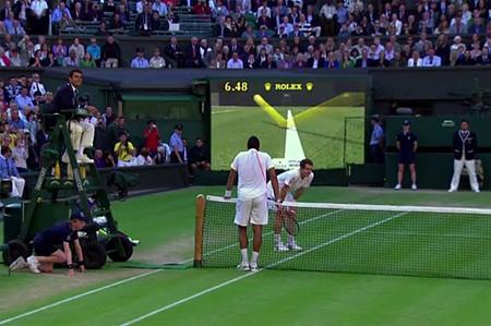 تنیس: Hawk-Eye نام یک سیستم رایانهای پیچیده است که بهطور رسمی در رشتههای کریکت، تنیس و فوتبال آمریکایی استفاده میشود