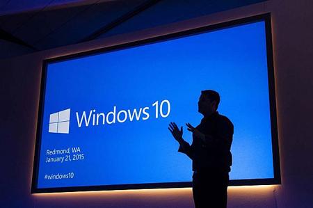 ویندوز 10 از رایانههای شخصی، تبلتها، رایانههای بدون کِیس، تلفنهای همراه، کنسول بازی Xbox و اینترنت اشیا پشتیبانی میکند