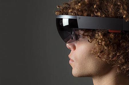 HOLOLENS: نرمافزار این عینک هوشمند در ویندوز 10 عرضه میشود تا انواع قابلیتهای سهبعدی و حقیقت مجازی در اختیار کاربران قرار گیرد