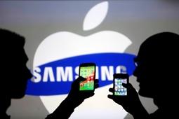 اپل در حال استخدام کارمندان سامسونگ است