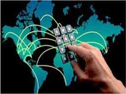 تهدیدها و فرصتهای رسانههای اجتماعی
