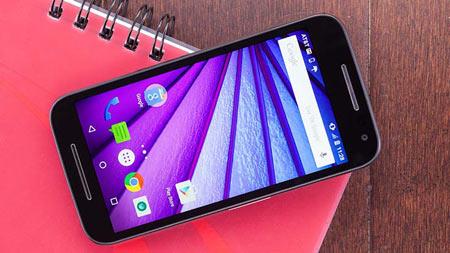 7- Motorola-Moto-G-(2015,-Unlocked)؛یک گوشی هوشمند کم هزینه با کیفیت بالا میتواند آب دهان مشتریان را راه بندازد