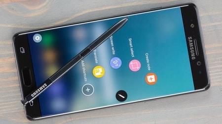 ممنوعیت استفاده از گوشیهای سامسونگ Note 7 در خطوط هوایی