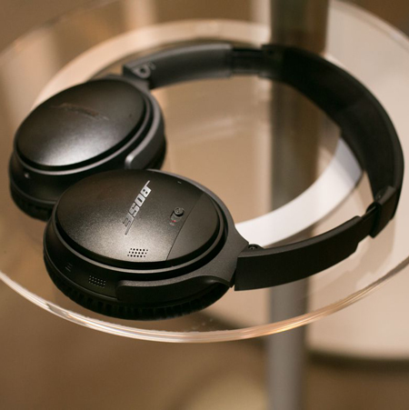 2- Bose QuietComfort 35