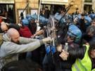 تجمع رانندگان تاکسی رم در اعتراض به تاکسییابهای اینترنتی