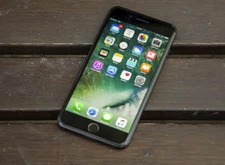 4- iPhone 7 : هنوز هم یکی از بهترینهاست!