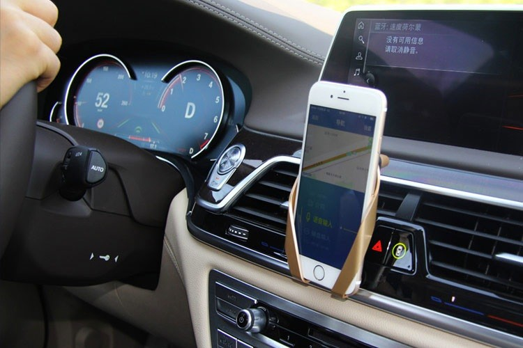 با ولوو هرسال تلفن و خودروی خود را بهروز کنید