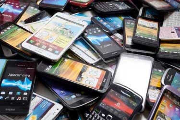 ترفند قاچاقچیان موبایل برای دور زدن رجیستری در دقیقه ۹۰