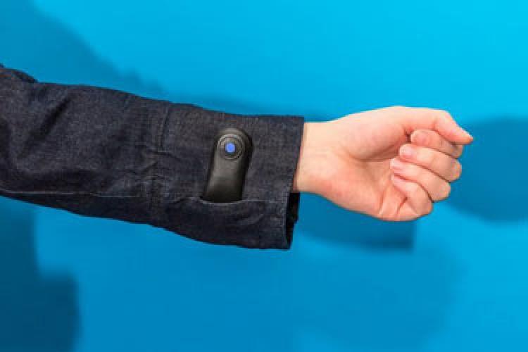 همکاری گوگل و لیوایز در تولید ژاکت هوشمند