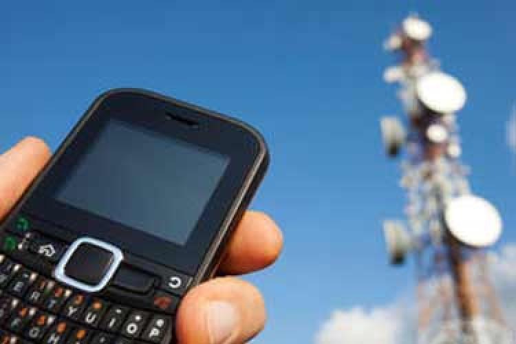 با آنتن های موبایل در مناطق مسکونی چه کنیم؟