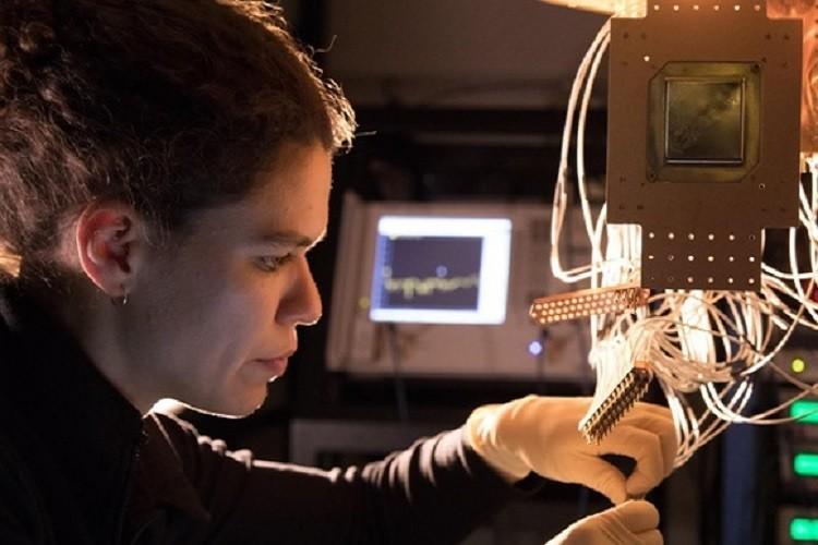 گوگل با هدف پیشتازی کوانتومی در حال تست یک کامپیوتر 72 کیوبیتی است
