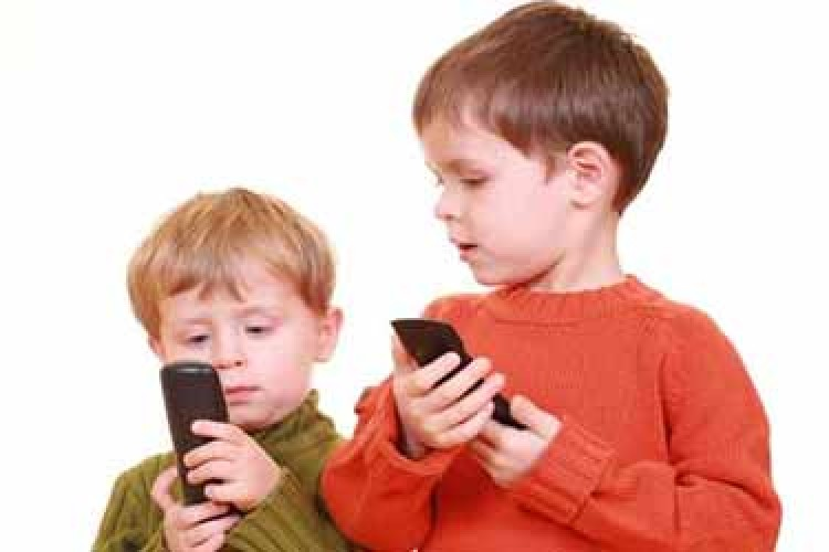 چند درصد از کودکان ایرانی از موبایل و تبلت استفاده می کنند
