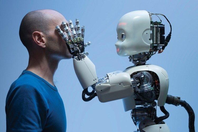 اگر یک ربات هوشمند انسانی را به قتل برساند، مقصر کیست؟