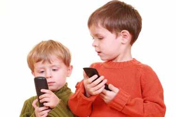 راهکار اپل برای کنترل اعتیاد کودکان به آیفون