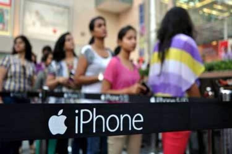 فروش ناامیدکننده آیفون در هند