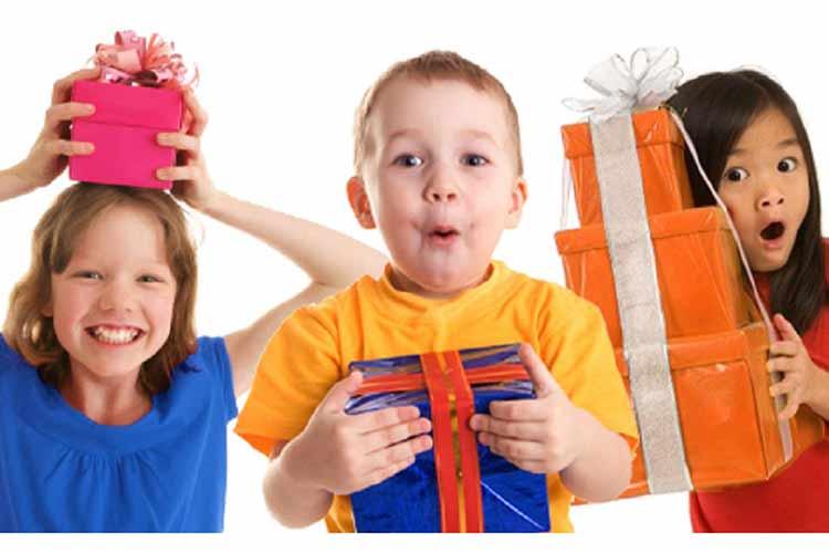 هشت هدیه هیجان انگیز برای بچه ها
