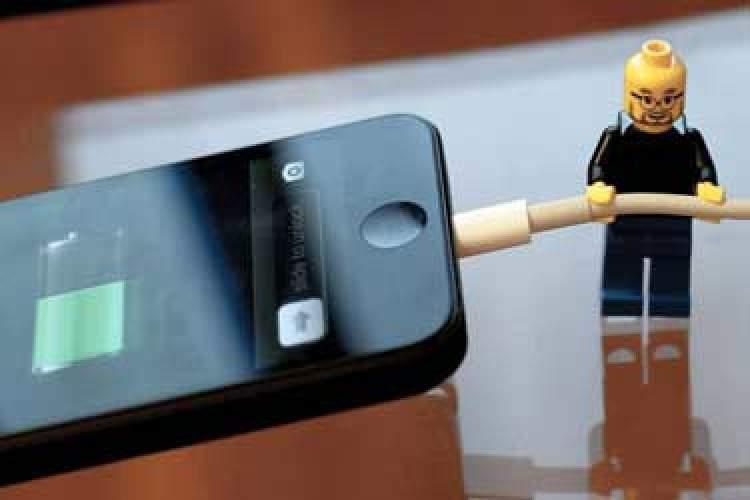 شما هم با عمر باتری تلفن هوشمندتان مشکل دارید؟