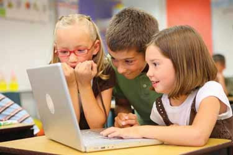 از رتبهبندی بازیهای رایانهای برای کودکان چقدر میدانید؟