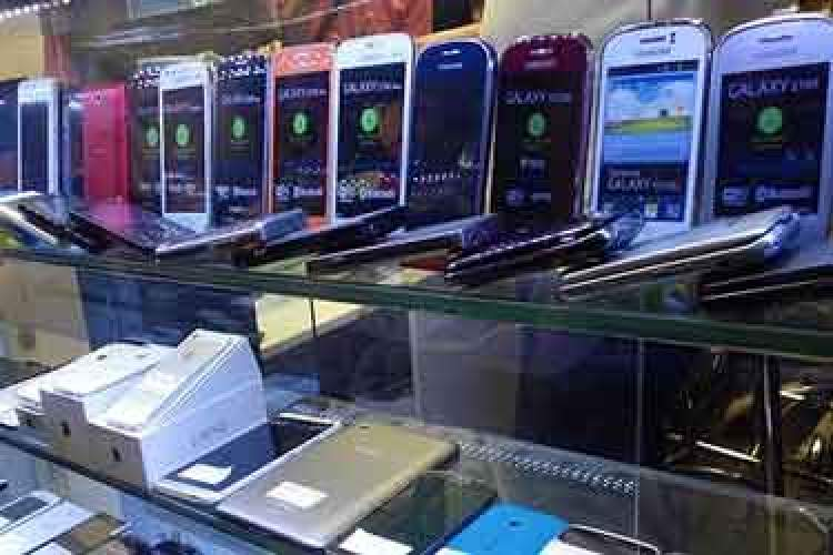 بهانه جدید فروشندگان برای افزایش قیمت گوشی