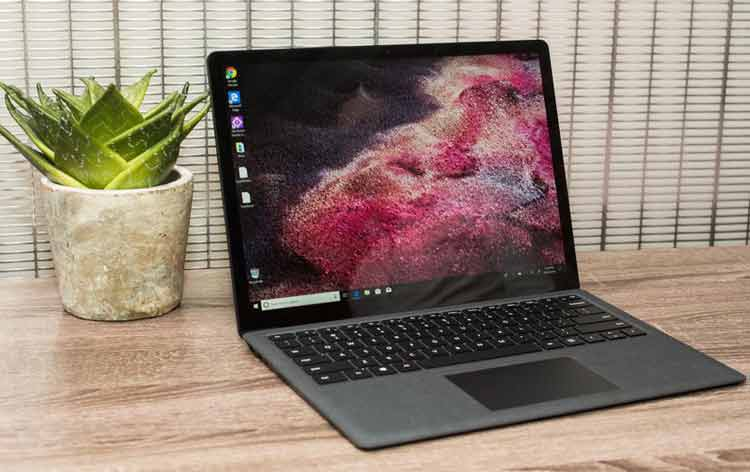Microsoft Surface Laptop 2 - حدود 671 دقیقه