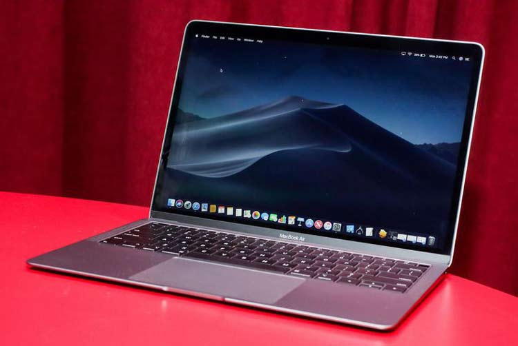 Apple MacBook Air (13-inch, 2018 - حدود 646 دقیقه