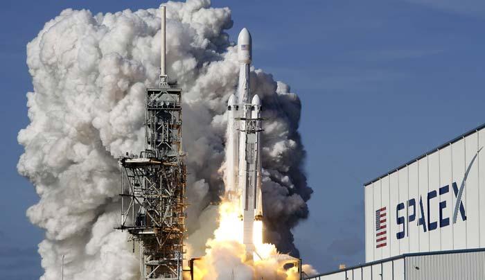 وسیله نقلیه احتمالی انسانها به کره ماه