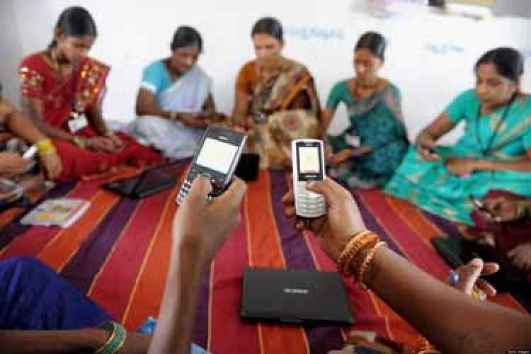 هند اپلیکیشن شناسایی اسکناس جعلی برای نابینایان می سازد