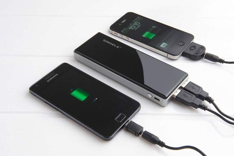 هنر ظریف رهایی از دغدغه خالی شدن شارژ تلفن همراه!