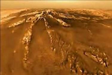 ستاره شناسان اولین قمر زحل را به تصویر کشیدند